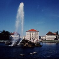 nymphenburg.jpg (8353 Byte)